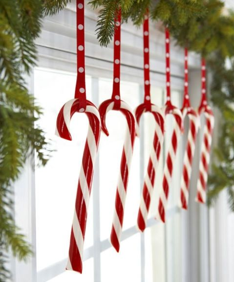 550021c7d42ad-hanging-candy-canes-1210-s3