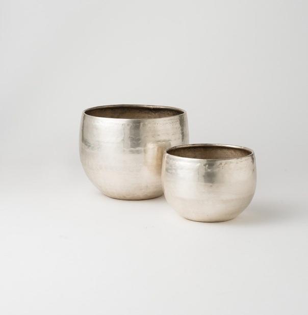 gava-planter-s2-antique-silver-hih0010-2.jpg